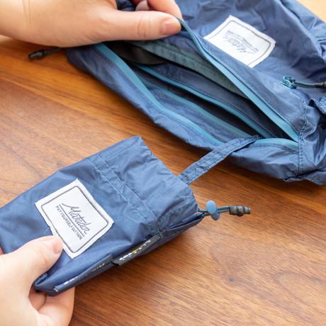 手のひらサイズになる大容量バッグ|旅先や日常生活でアクティブに動き回れる!手のひらサイズにたためる防水仕様の「ウエストバッグ」| Matador DAYLITE HIP PACK|インディゴブルー