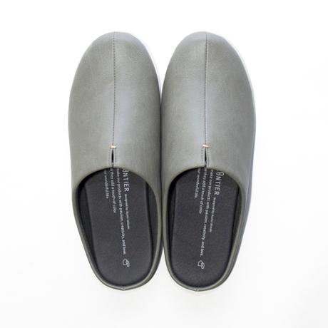 スキップしたくなる『スリッパ』|靴の製法でつくったからトコトン歩きやすい「スリッパ」|room's|グレー/L(25-27cm)