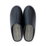 スキップしたくなる『スリッパ』|靴の製法でつくったからトコトン歩きやすい「スリッパ」|room's|ブラック/M(22.5-24.5cm)