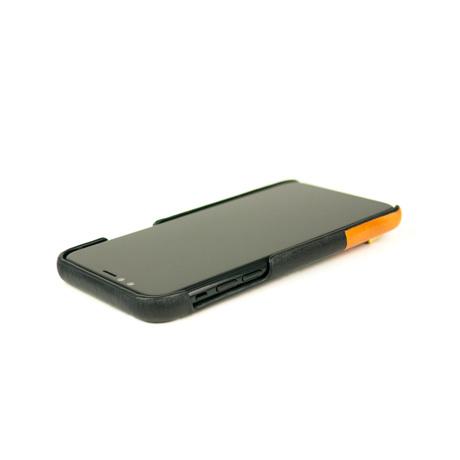 "iPhoneに""素肌""の気持ち良さ|革作りから手がけ、iPhoneとの「完璧な調和」を追求したDリング付きスマホケース(ストラップ別売)|Alto(iPhone X,XS,XR対応)|iPhoneXS(X対応)|Raven"