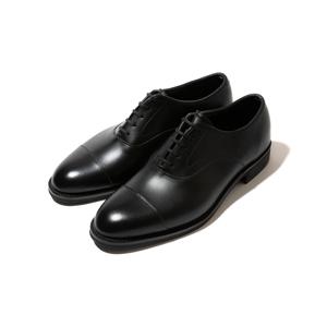 雨水が染み込まない・継ぎ目なしの防水構造、まるで革靴のような気品漂う「レインシューズ」|三陽山長