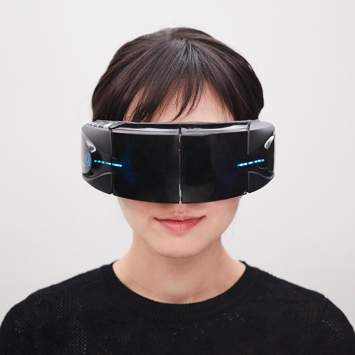 """""""0秒""""で通える「目元ホットスパ」 仕事の合間、寝る前、いつでも目元から全身リラックスできる「目元ホットマッサージャー」 3DアイマジックS"""