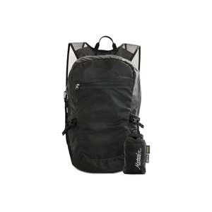 《16L/ブラック》旅先や日常生活でアクティブに動き回れる、手のひらサイズにたためる防水仕様のバックパック|Matador freefly16