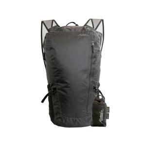 《24L/ブラック》旅先や日常生活でアクティブに動き回れる、手のひらサイズにたためる完全防水仕様のバックパック|Matador Freerain24 2.0