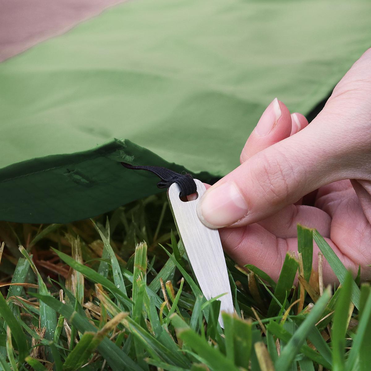 手のひらサイズになる大容量バッグ|《2〜3人用》いろんな場面で大活躍する、手のひらサイズにたためる撥水仕様レジャーシート|Matador POCKET BLANKET