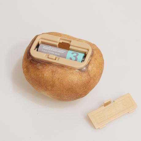 """焼きたてパンが""""灯す""""しあわせ 《プチブール》本物のパンがそのままインテリアライトに!置くだけで明かりのオンオフができる「パンプシェード」  モリタ製パン所 """