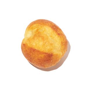 《プチブール》本物のパンがそのままインテリアライトに!置くだけで明かりのオンオフができる「パンプシェード」|Yukiko Morita