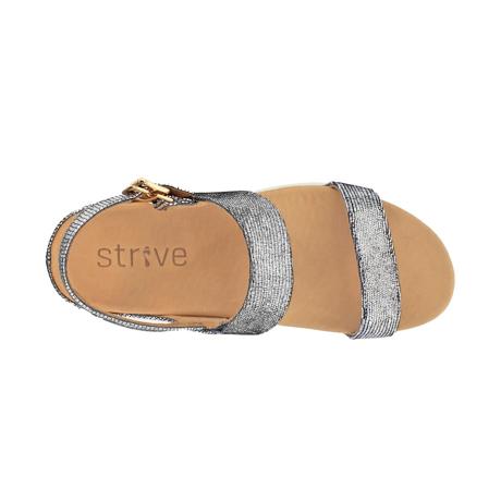 スニーカー感覚で歩き回れる「サンダル」|LUCIA / UK5(24-24.5cm) 独自開発の立体インソールで、スニーカーみたいに歩き回れる「サンダル」|strive|ブラックグラマー
