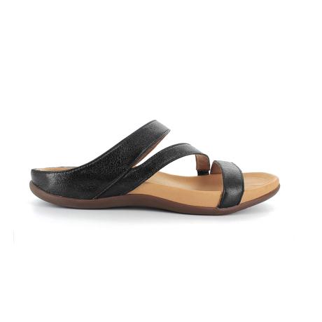 スニーカー感覚で歩き回れる「サンダル」|TRIO / UK3(22-22.5cm) 独自開発の立体インソールで、スニーカーみたいに歩き回れる「サンダル」|strive|ブラックスパークル