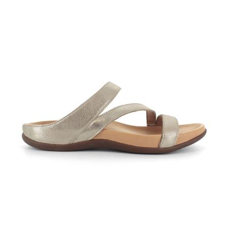 スニーカー感覚で歩き回れる「サンダル」|TRIO  / UK5(24-24.5cm) 独自開発の立体インソールで、スニーカーみたいに歩き回れる「サンダル」|strive|ゴールドメタリック