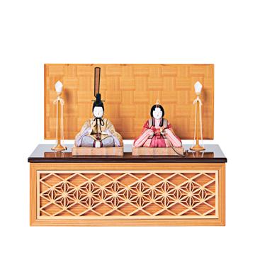 毎年のしあわせを願う「リビング雛人形」|《四角形/中》5つの日本伝統工芸をコンパクトモダンにした、江戸木目込の「プレミアム親王飾り」※第一期受注分|柿沼人形|宝想雛