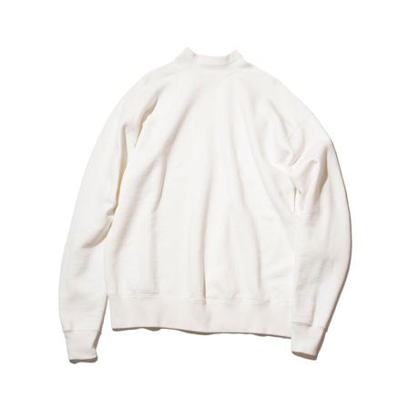 100年前のスウェット、復刻|《WHITE/フットボールシャツ》肩まわり軽やかな独自のディテール、スポルディング社の名作から再構築されたスウェット|A.G. Spalding & Bros|M