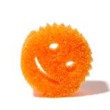 """お湯でスポンジ、水でタワシになる""""スマイルくん"""" 水切れ・汚れ落ちバツグン!家中のお掃除に使える「マルチスポンジ」 Scrub Daddy オレンジ"""