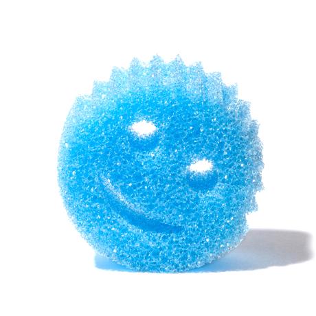 """お湯でスポンジ、水でタワシになる""""スマイルくん"""" 水切れ・汚れ落ちバツグン!家中のお掃除に使える「マルチスポンジ」 Scrub Daddy ブルー"""