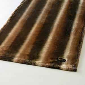 《敷毛布/ダブル》暖かさはもう当たり前、軽さとなめらかさも実現した「毛布」|CALDONIDO NOTTE