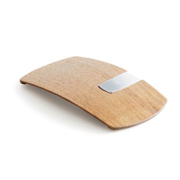 《クルミ》カード3枚だけ持って、手ぶら外出できる「木の財布」|Smart Card Clip