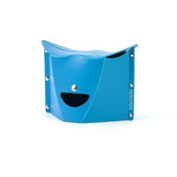 薄さ3センチの「どこでもイス」|《PATATTO μ(高さ15cm)》たたむとA4サイズ以下になる、どこにでも持ち歩けるイス|PATATTO|ブルー