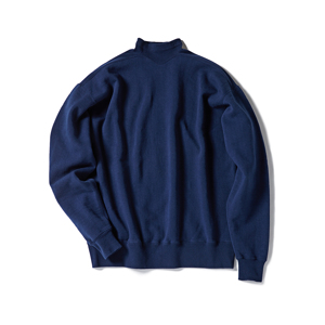 《NAVY/フットボールシャツ》肩まわり軽やかな独自のディテール、スポルディング社の名作から再構築されたスウェット|A.G. Spalding & Bros
