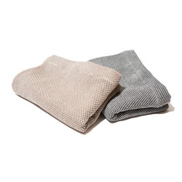 《ハーフケット》凹凸状のハニカム織りが、汗と湿気を逃がすケット|ハニカムケット