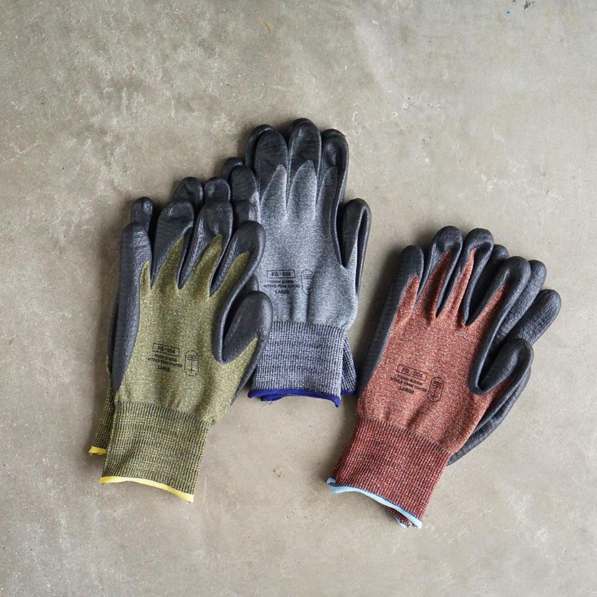オシャレな作業用手袋『workers gloves(ワーカーズグローブ)』|【ガーデニング用品特集】心と身体を整える趣味の世界にようこそ。収納バスケットやホースなど、おしゃれグッズ5選