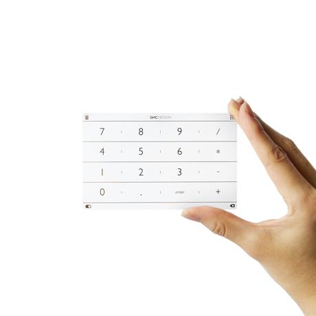 充電不要の「貼るだけテンキー」|ノートパソコンの数字入力がサクサク!指1本でいつものページにもすぐ飛べる「トラックパッドシート(MacBook/Surface対応)」|Nums|MacBook 12インチ対応