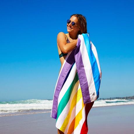 世界のビーチから生まれた「バカンスタオル」|《マルチカラー/ビーチタオル》水をサッと吸収、砂がつかないマイクロファイバー製のカラフルタオル|DOCK & BAY SUMMER LARGE