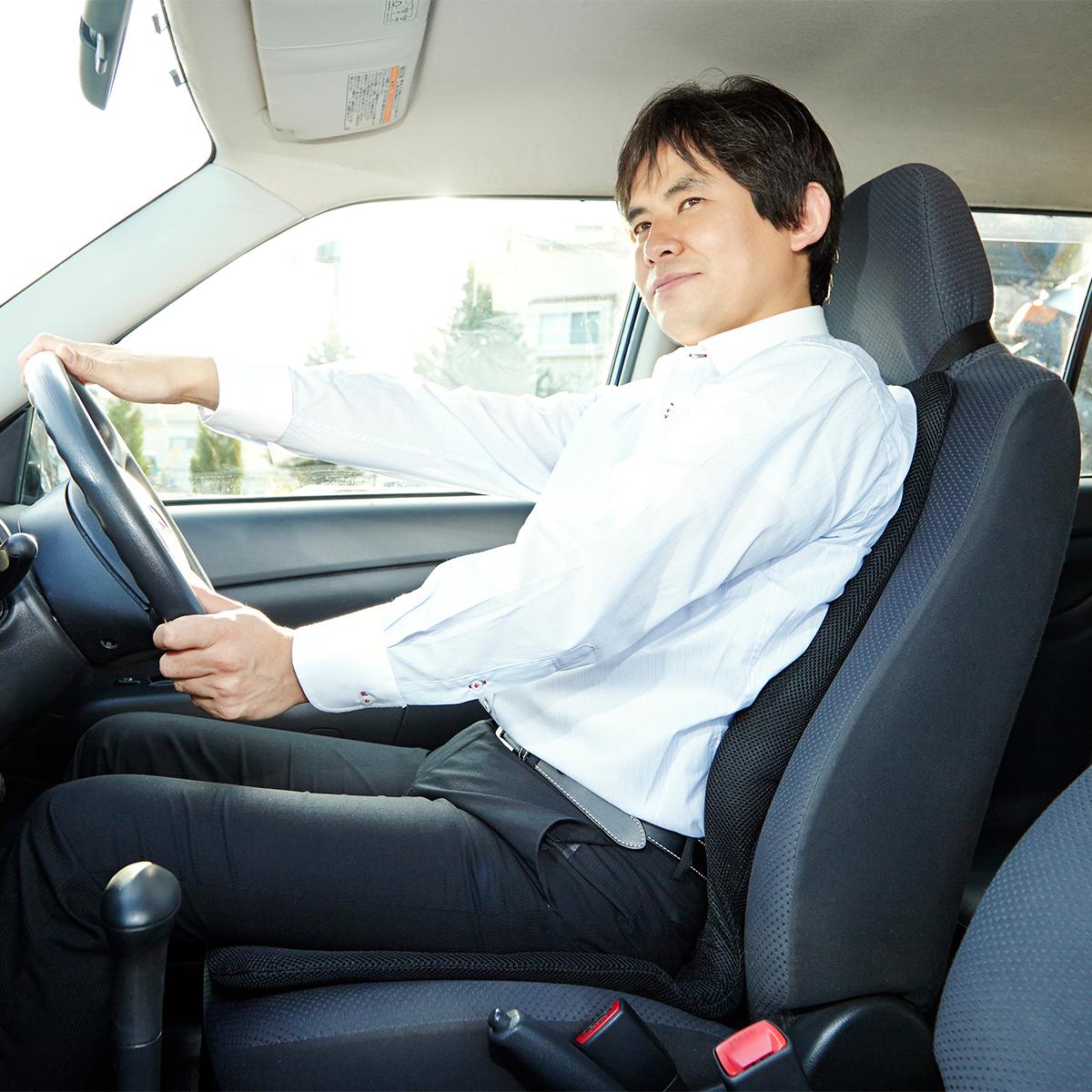 サービスエリアいらずの「運転席」|置くだけで、運転中ずっと、腰・背中・お尻がラクな車用シートクッション|P!nto Driver
