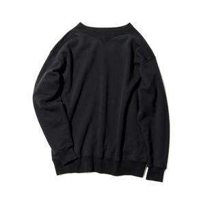 《BLACK/フットボールシャツ》スポルディング社の名作から、現存していない「ブラック」をMade in Japanで|A.G. Spalding & Bros