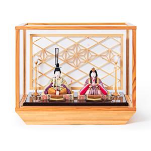 新作《ガラスケース入り》日本伝統工芸をコンパクトに、美しく守りながら飾れる木目込の「プレミアム雛人形」※第一期受注分 | 清雅雛