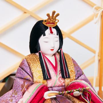 『毎年のしあわせ』が御嬢様と家族に訪れる|新作《ガラスケース入り》日本伝統工芸をコンパクトに、美しく守りながら飾れる木目込の「プレミアム雛人形」※第二期受注分 | 清雅雛|