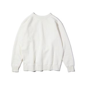 新作《WHITE/フットボールシャツ》スポルディング社の名作ユニフォームを再構築、肩まわり軽やかなスウェット|A.G. Spalding & Bros