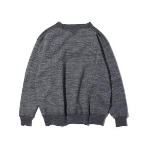 新色《CHARCOAL GRAY/フットボールシャツ》スポルディング社の名作ユニフォームを再構築、肩まわり軽やかなスウェット|A.G. Spalding & Bros