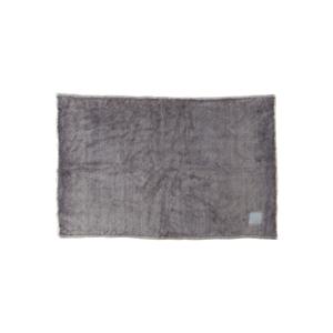 《ハーフケット》ふんわり毛足2cmのメリノウールが気持ちいい!軽い掛け心地の「毛布」|SERENE