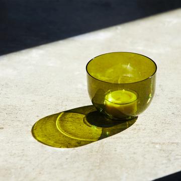 入浴の効果を高めるための7つの方法を教えます。|頭と体のリセット時間に、浮かべて眺める「香りつきバスキャンドル」|kameyama candle house|オリーブ