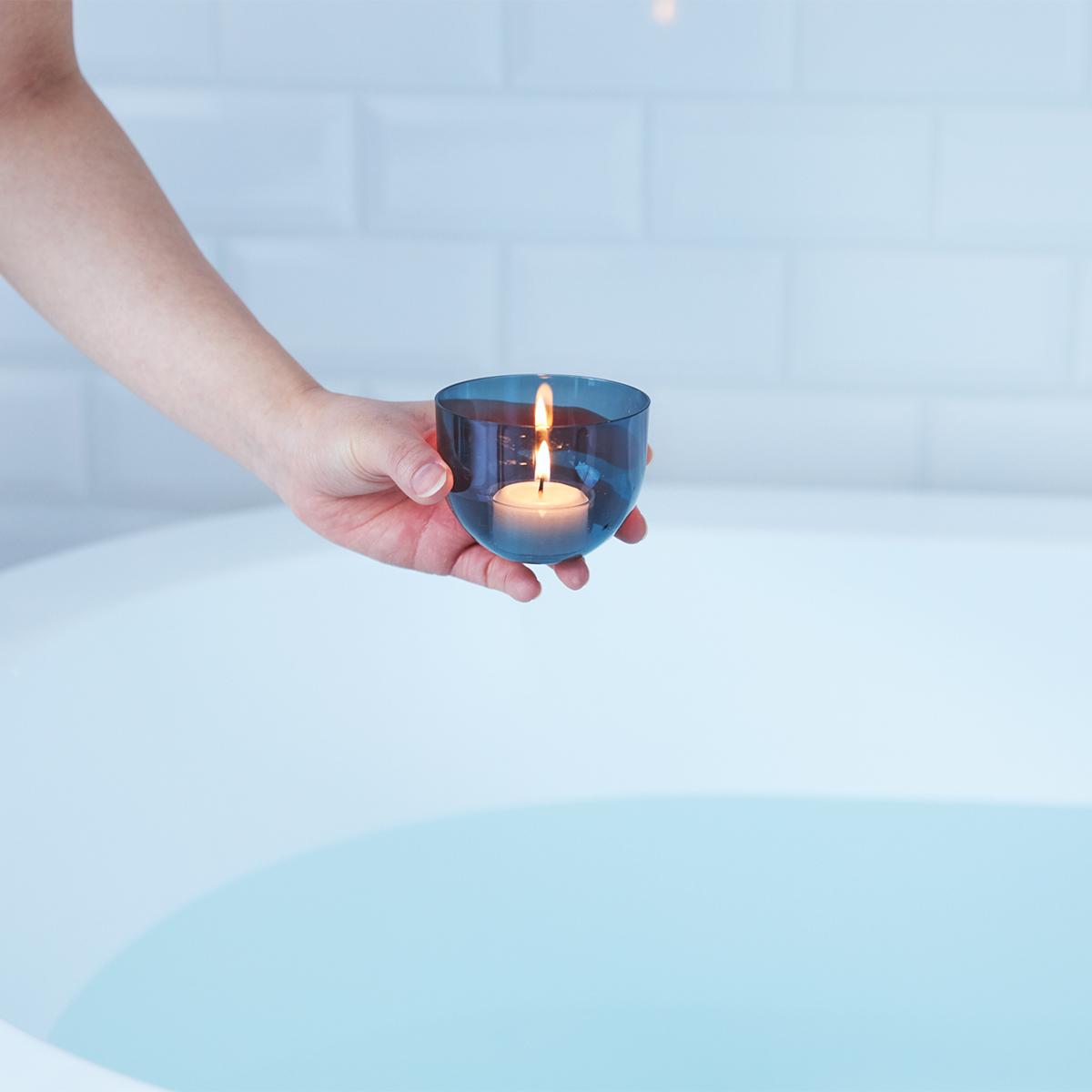 「幸福度を高める」と言われる入浴の効果とは。効果的に入浴するための7つの方法とグッズ|目の疲れや肩こりを解消、自律神経を整えたい方に