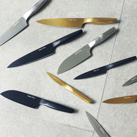 """""""切る""""を変えると、料理は気持ちいい 《サントクナイフ/マットシルバー》0.3mmの極薄刃でストレスフリーな切れ味、硬い食材のカットや千切りがしやすい「包丁(刃渡り16cm)」 hast."""