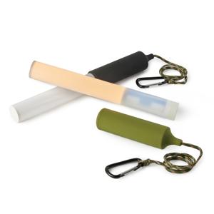 たった171gの軽さ!「ロープ」と「磁石」つきだから、家で、アウトドアで、車で、どこでも使える「ペンライト」|PARA PENDANT LIGHT