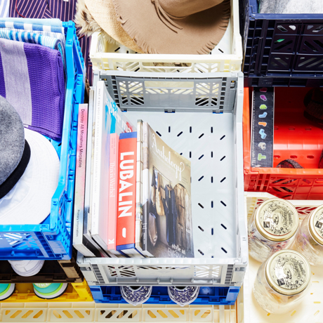 必要な時だけ使える「折りたたみ式」収納ケース
