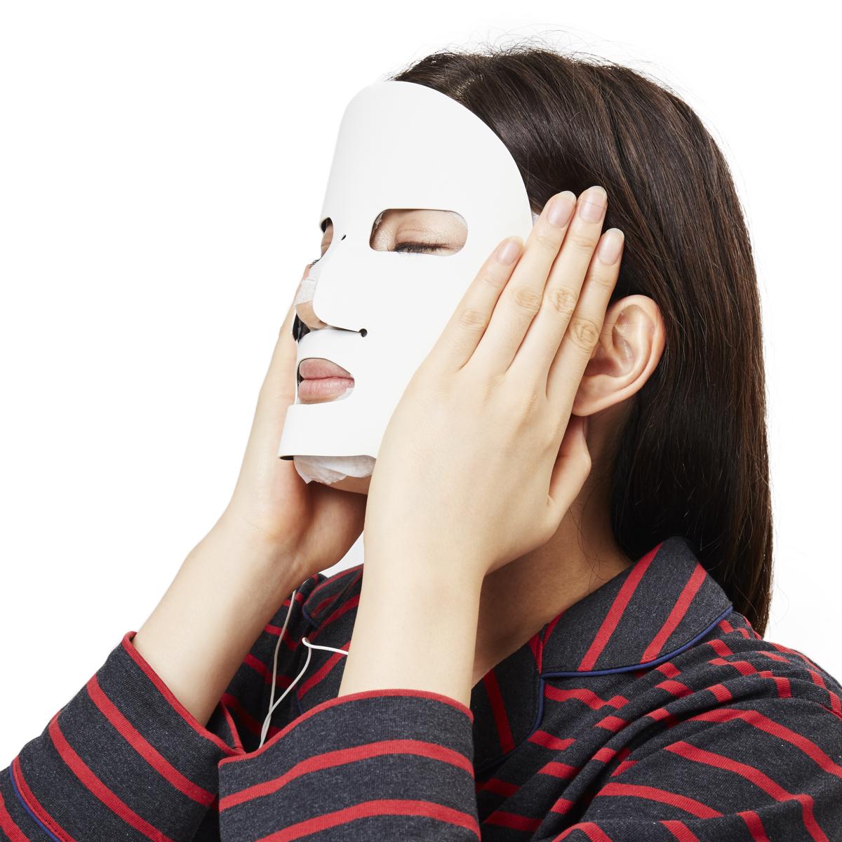 「綺麗になった?」と聞かれる美顔マスク|30秒のイオン導入で本格的・お手軽ケア