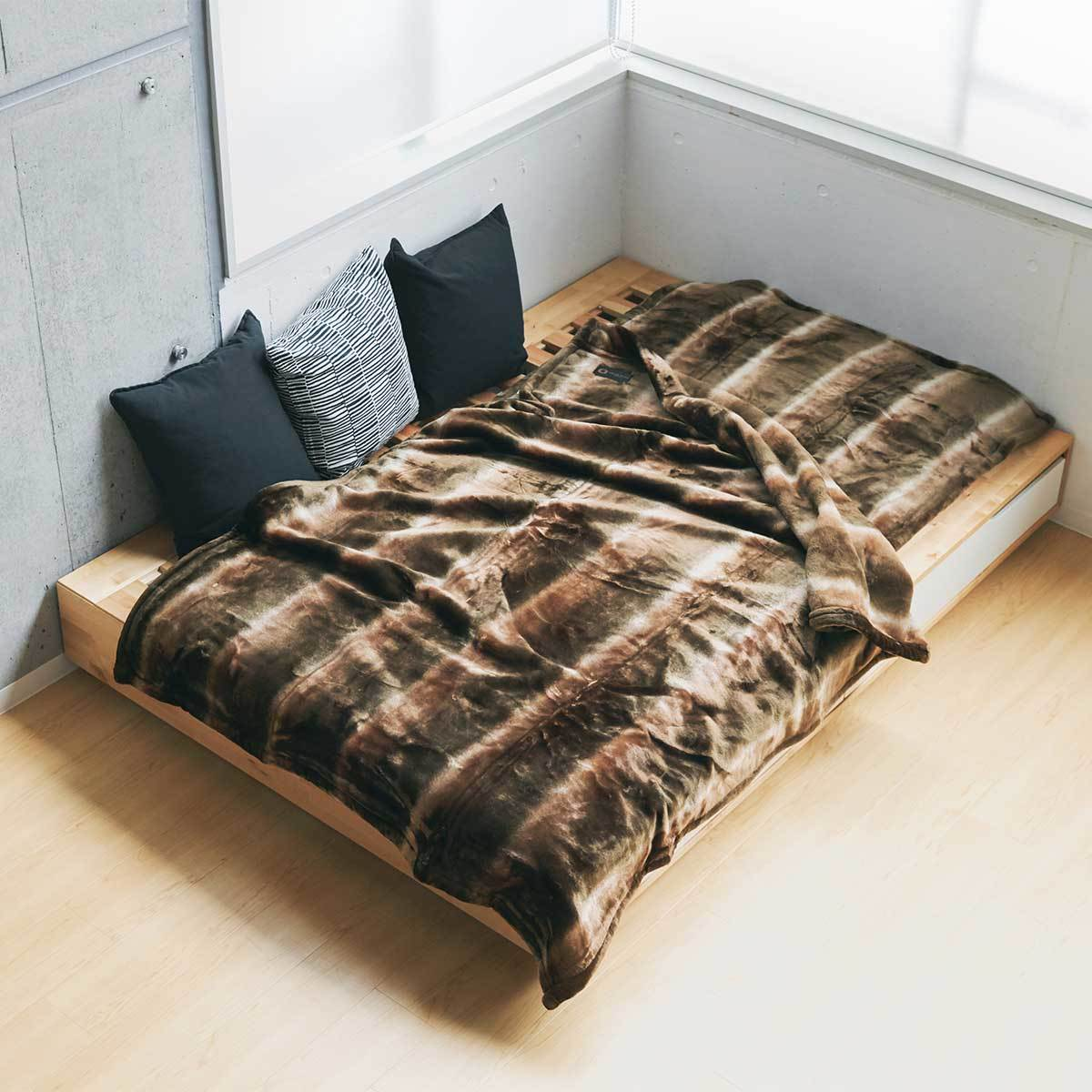 寝心地がまるで違う「毛布」   暖かさはもう当り前、軽さとなめらかさも実現