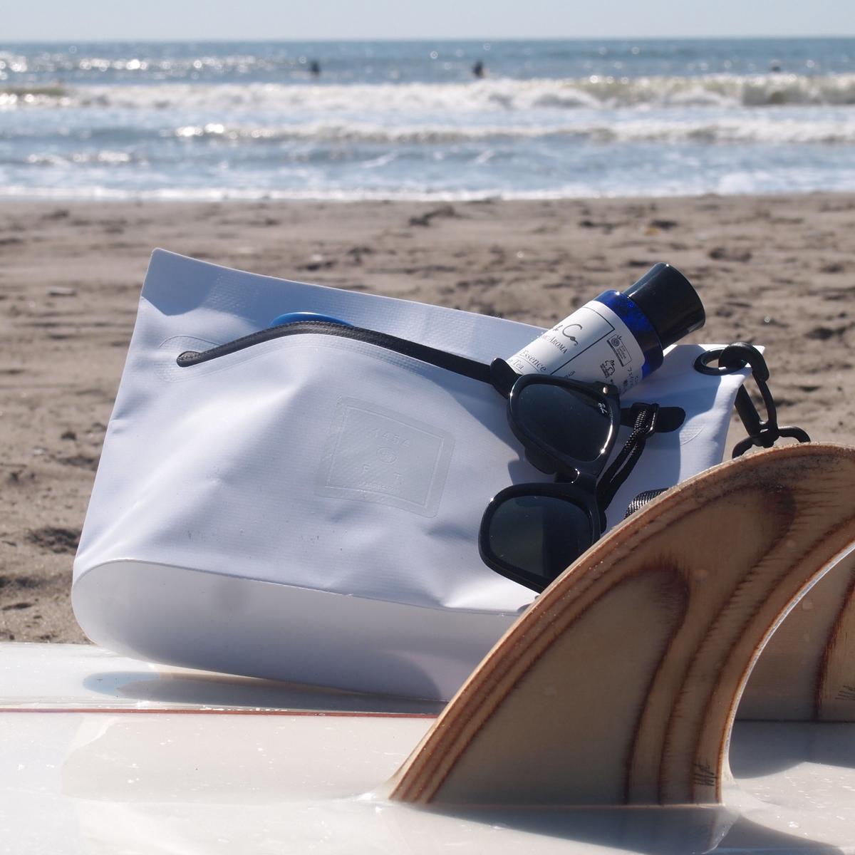 西海岸生まれの「都会派バッグ」|伝説ブランド発、防水とデザインがついに結び付いた