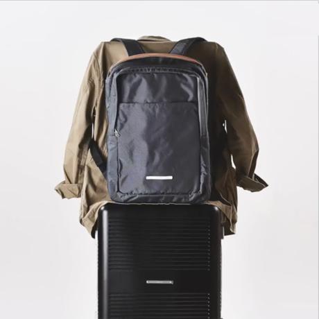 """一緒に""""歩きたい""""スーツケース"""