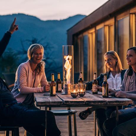 テーブルで楽しむ『バイオエタノール暖炉』おすすめ5選|設置不要のテーブル型で、すぐに火のある暮らし