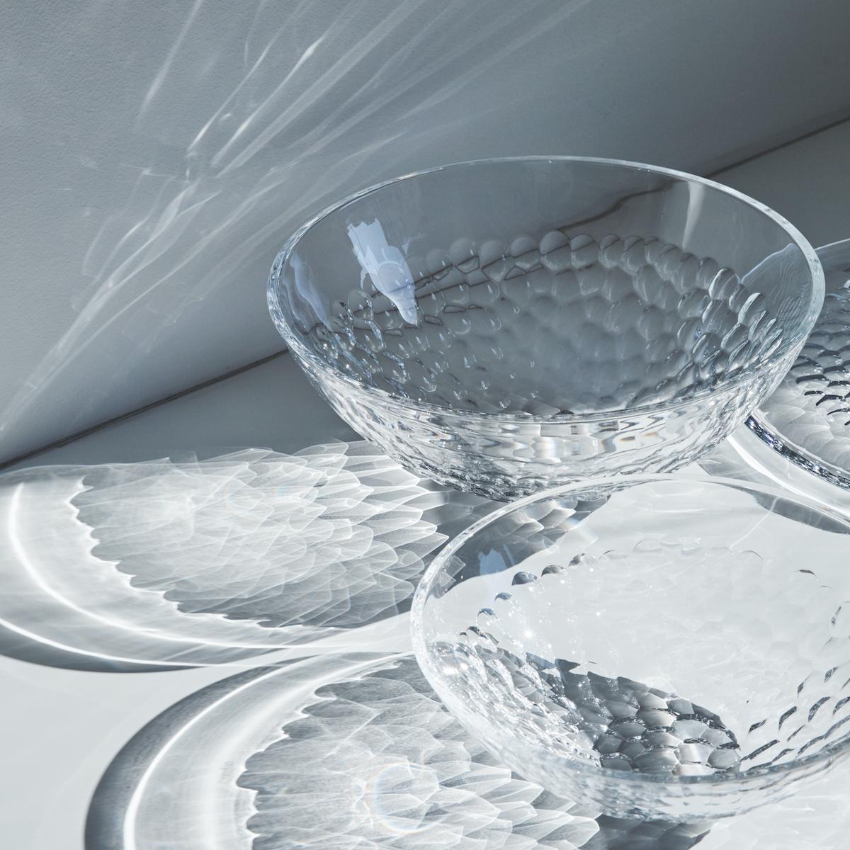 欧州のガラスと過ごす、みずみずしい夏   涼しくて美しい、透明の世界