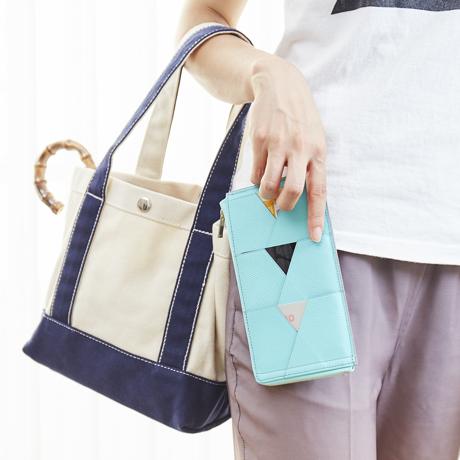 薄い財布はニューノーマルのスタンダード|従来の財布の1/3以下という薄さと高い機動性