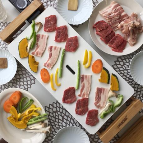 食卓をもっとおしゃれに楽しく!おすすめのアイデア8選|毎日の食卓に取り入れて、家での食事を楽しもう