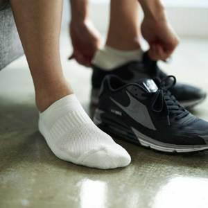 ムレない靴下なら快適!夏こそ履きたい靴下3選