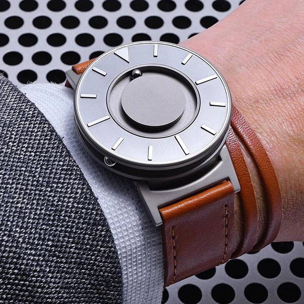 個性的な腕時計を探す方に。愛着の持てる一本を手に入れよう