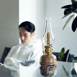 """""""魔法のランプ""""で、部屋丸ごとオゾン除菌 日本初、特許のUVランプでウイルス・菌を除去"""