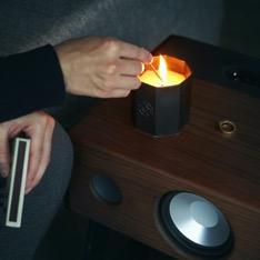 穏やかな「炎」と心地いいヒノキの「香り」